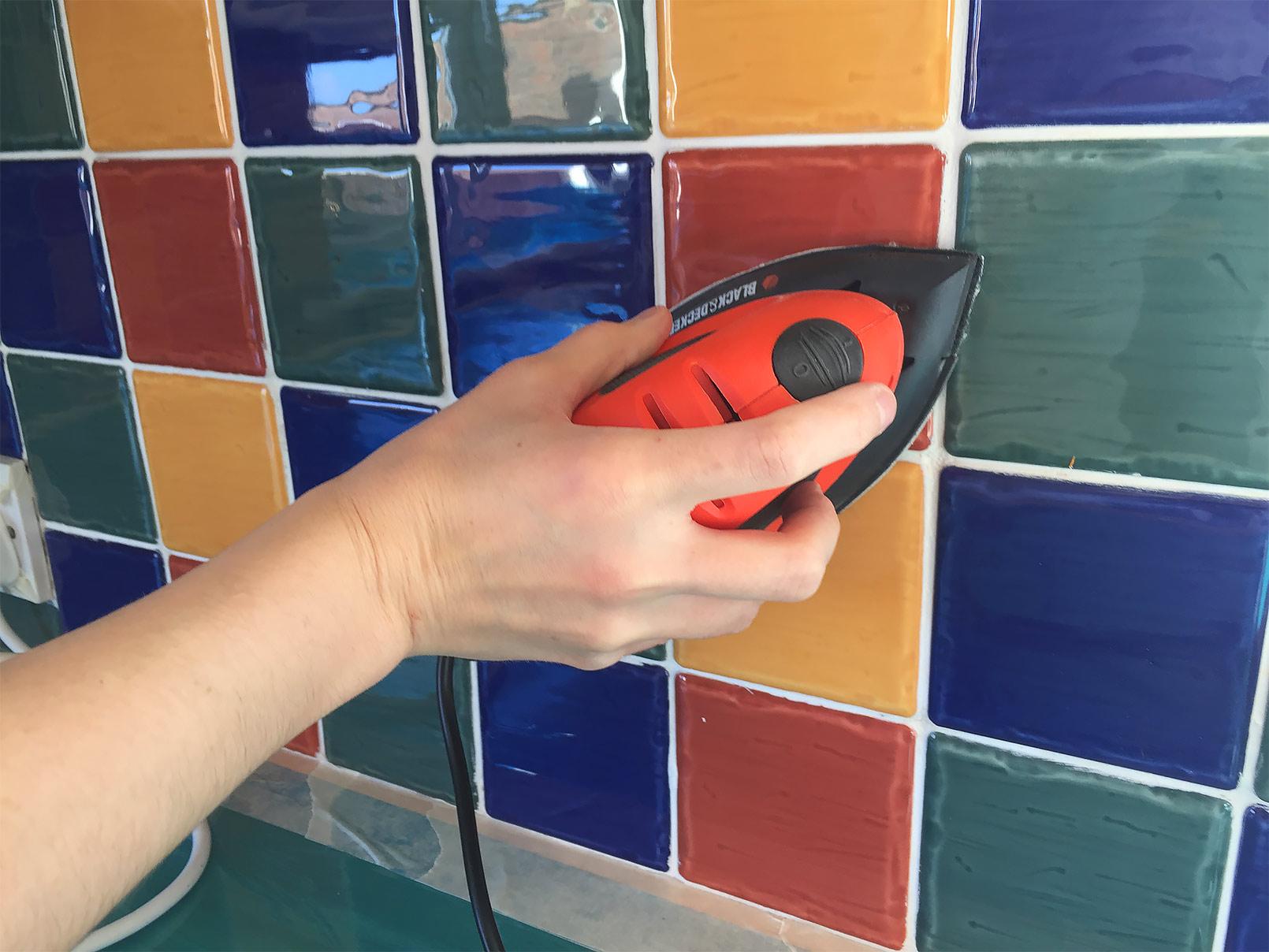 04-sanding-tiles